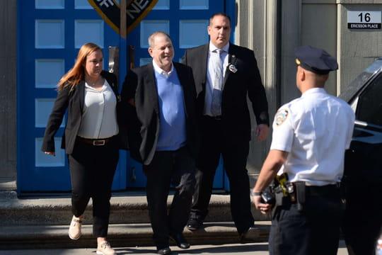Harvey Weinstein: les images d'une arrestation qui rappelle l'affaire DSK
