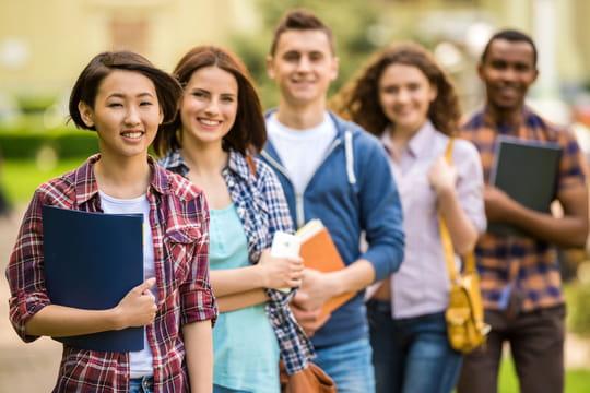 Bourse d'étudiant: quel montant? Comment faire une demande?
