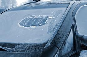 Protéger sa voiture du froid: quelques conseils pour éviter les galères
