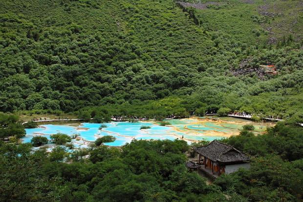 Huang Long, les étangs aux cinq couleurs