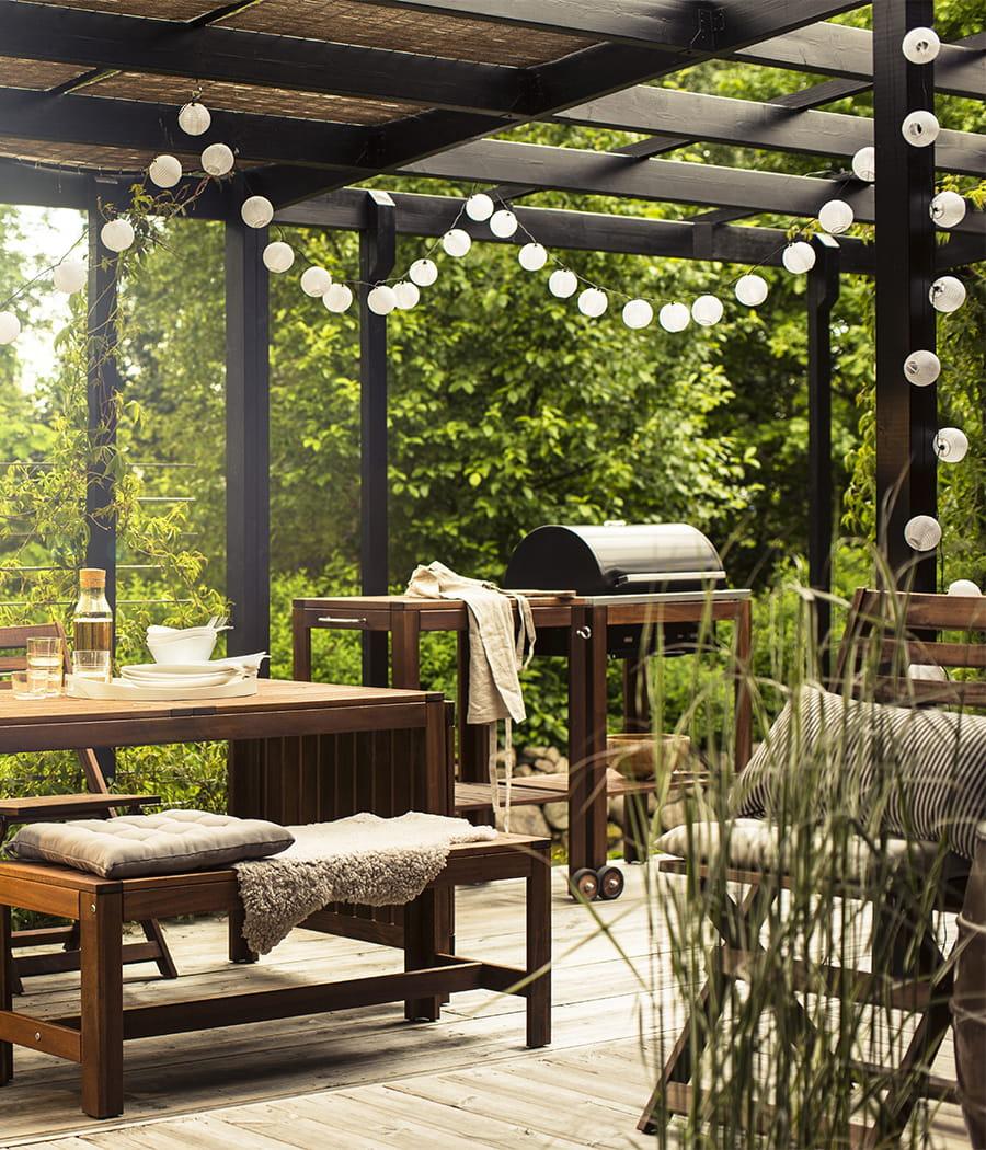 cr er une terrasse bucolique. Black Bedroom Furniture Sets. Home Design Ideas