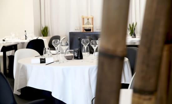 La Table Saint Crescent  - Dîner convivial dans notre salle de restaurant -   © Le Petit Gastronome