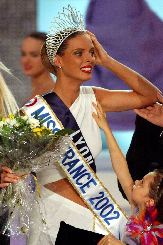 Sylvie Tellier Est Elue Miss France 2002