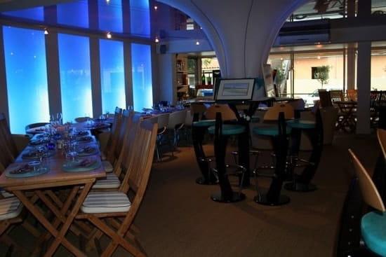 G Restaurant, Café & Salon de Thé  - Salle climatisée  -   © Anaïs Navarro