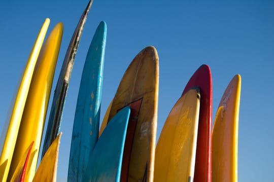 Surf: comment bien choisir sa planche
