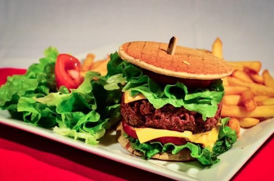 Crêperie de la Cathédrale  - Le burger Breton au boeuf Limousin -