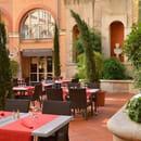 Restaurant : 7 du Plaza  - Grand Patio du Plaza -   © 7 du Plaza