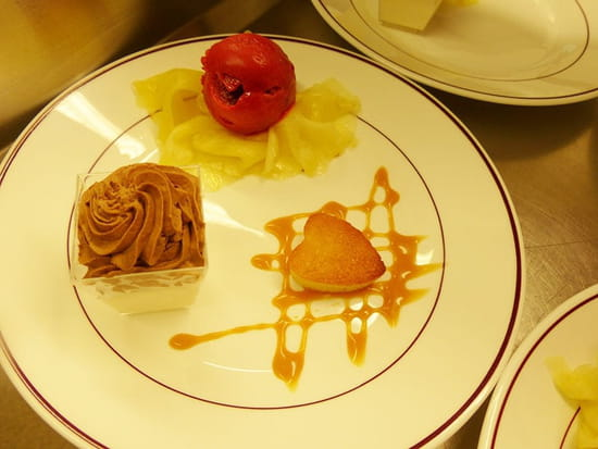 Les Aveilles  - Exemple de dessert du restaurant les Aveilles -   © Les Aveilles