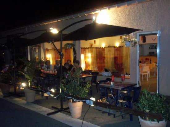 Restaurant pic a pic  - terrasse -   © laurent almenteros