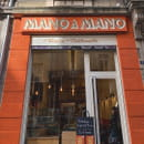 Restaurant : Mano a Mano  - Devanture Mano a Mano -   © Roman Gadet