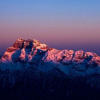 un massif montagneux d'une rare beauté qui offre à la vue un spectacle onirique.