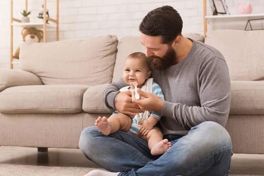 Congé paternité: durée en France et en Europe, tout savoir