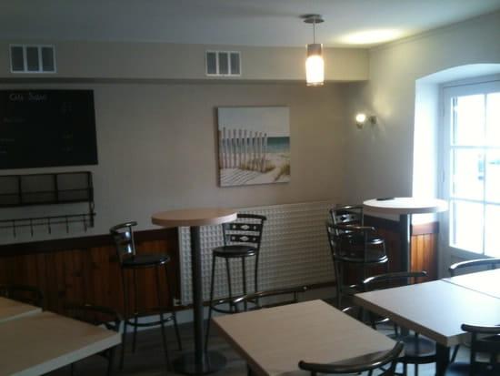 Le Petit Caveau  - Salle de restaurant -