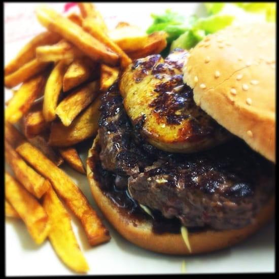 Restaurant Epicetou  - Burger au foie gras, frite maison  -