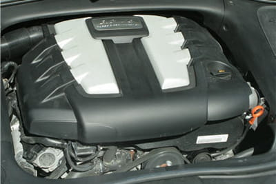 le cayenne diesel est motorisé par un v6 turbo diesel de 3,0l de cylindrée