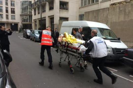 """Charlie Hebdo: lesimages del'attentat, lescénario du""""massacre"""" se précise"""