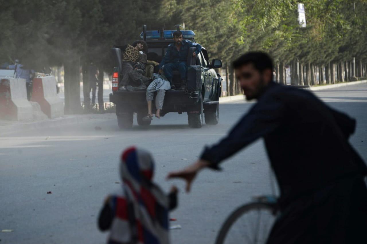 Afghanistan: le chef de guerre Dostum accueilli à Kaboul par un attentat, 11morts