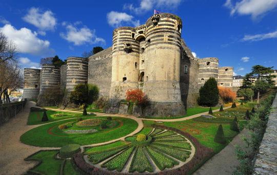 20forteresses majeures à visiter en France