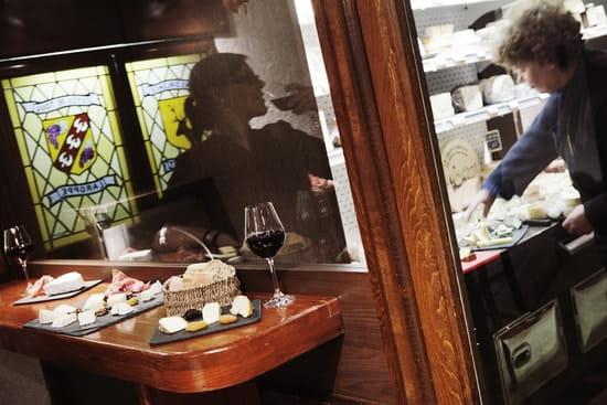 Le Restaurant des Frères Marchand  - Le Bar à fromage -   © Jamot - Billiotte