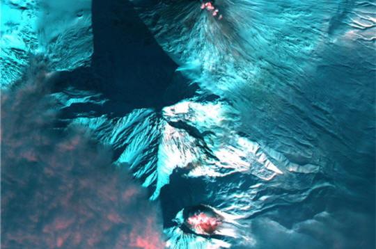 Volcans actifs du Kamchatka