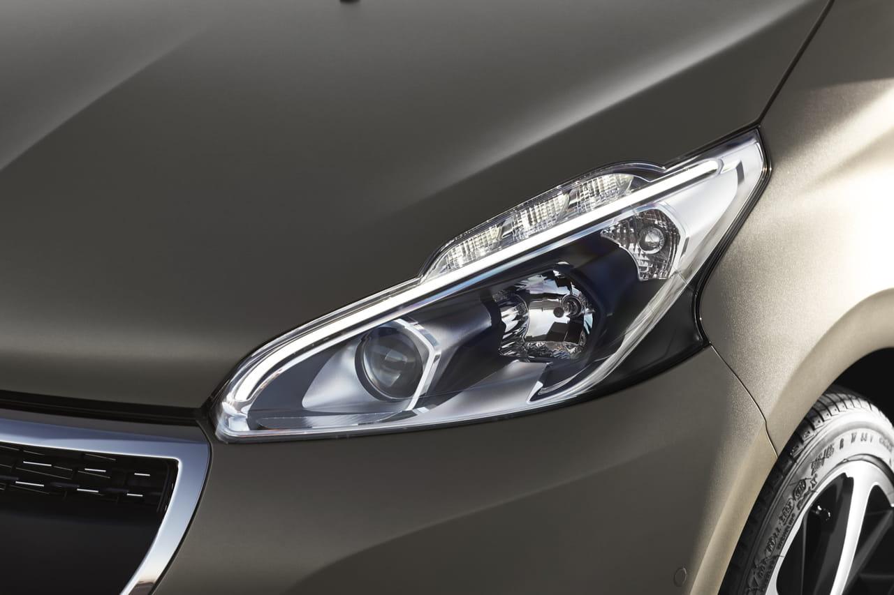 Nouvelle Peugeot 208: un duel face à la Clio 5à Genève! [photos]
