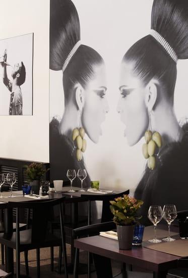 Café Llorca   © ralph hutchings
