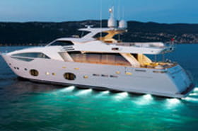 Ferretti Custom Line 100', yacht élégant