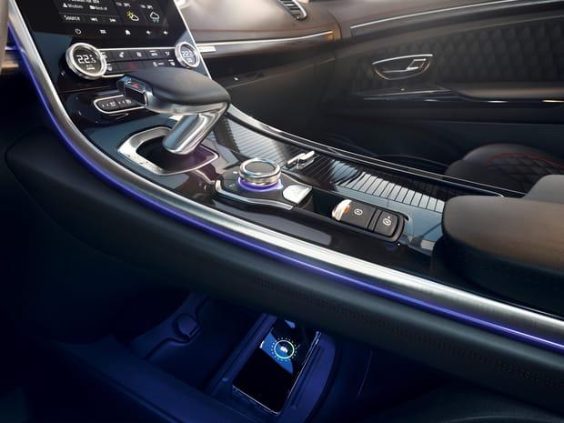 Zoom sur la console centrale du Renault Espace restylé