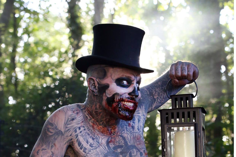 Mort De Zombie Boy Des Tatouages Et Deux Records Au Guinness Book