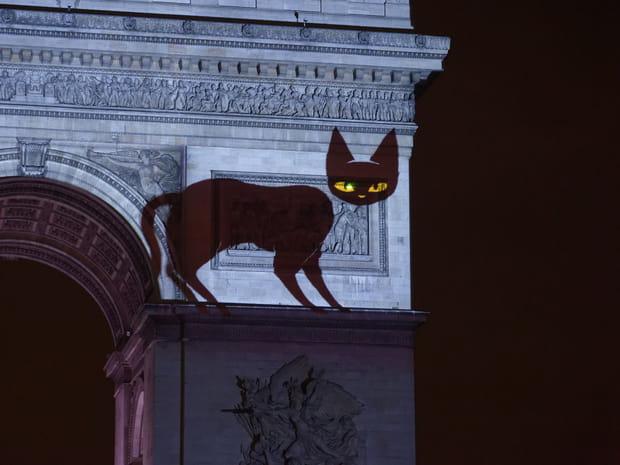A quoi ressemble le spectacle du 31décembre à l'Arc de Triomphe?