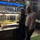 La langoustine  - Ouverture de la langoustine magnifique banque à coquillage   -   © Janne pascal