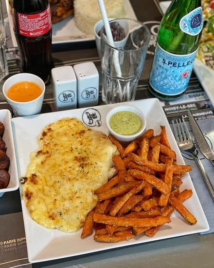 Plat : PB Poulet Braisé  - Escalope saltimbocca + frites de patates douces -   © PB Poulet Braisé®