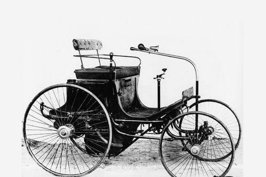 La première Peugeot à moteur à gazoline