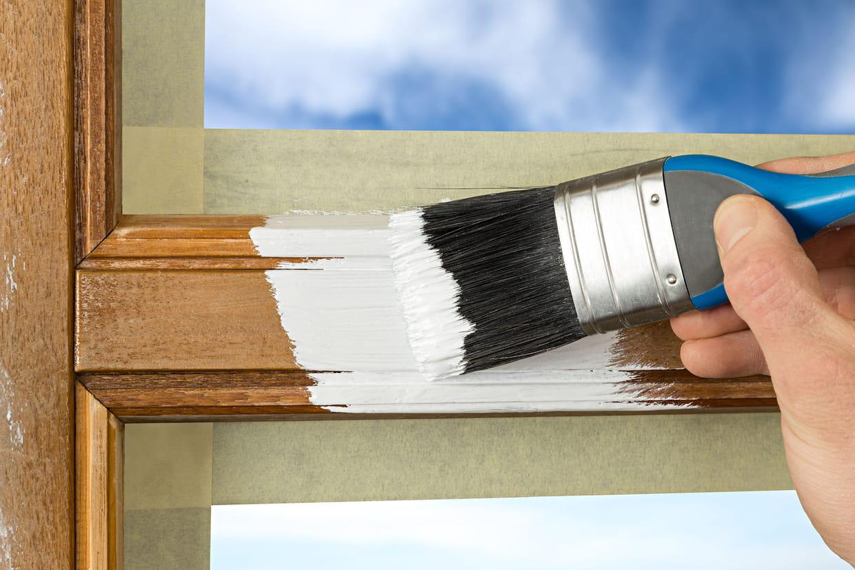 Comment Peindre Une Porte En Pvc peindre une fenêtre