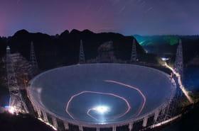 FAST, le plus grand télescope du monde, va traquer la vie extraterrestre