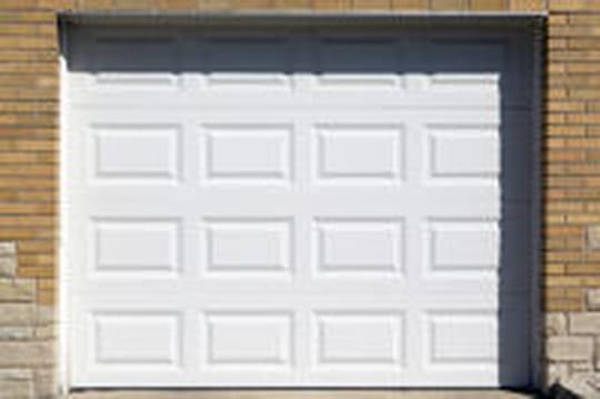 Porte de garage: comment bien la choisir