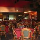 Dock Café  - La salle -   © moi meme