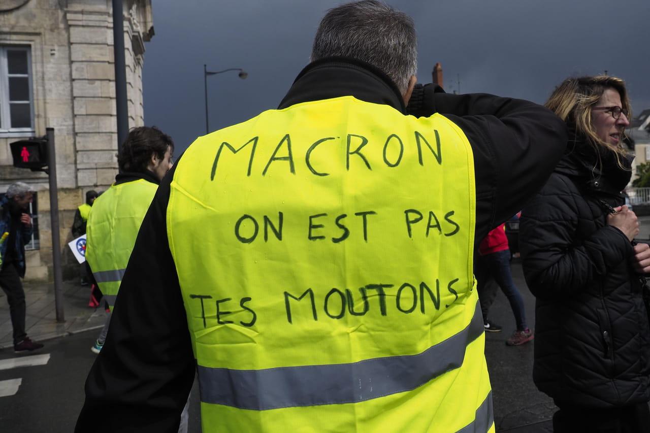 Gilets jaunes: Paris, Lyon, Reims... Les manifestations de l'acte 27en direct