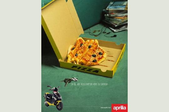 Et une pizza! Rapido!