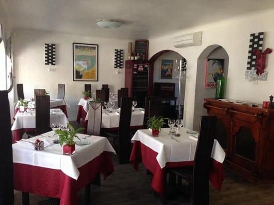 Restaurant : RIVIERA III