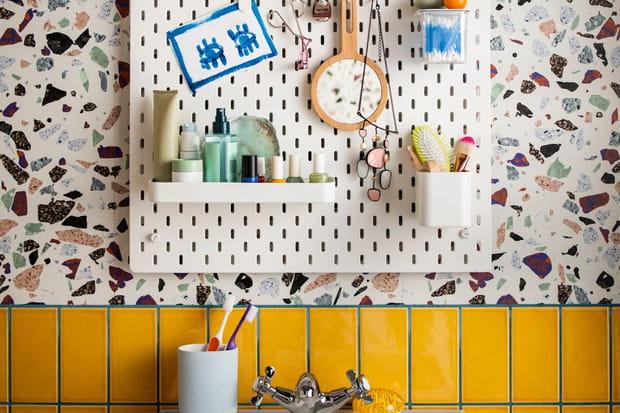20solutions de rangements beaux et pratiques pour la salle de bains