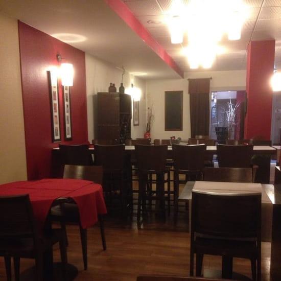 Restaurant : Kyriad Marseille Centre - Rabatau