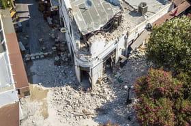 En Grèce, les touristes français fuient le tremblement de terre