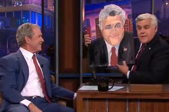 Bush se recycle dans la peinture