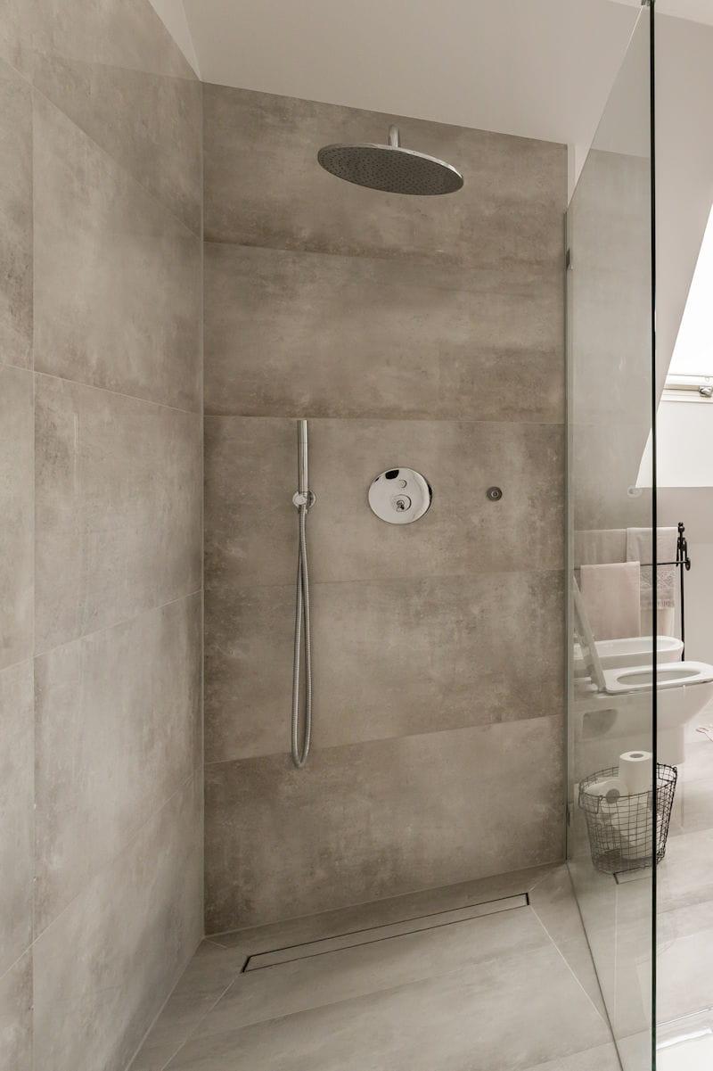 Les questions se poser avant d 39 adopter une douche l - Realisation d une douche a l italienne ...