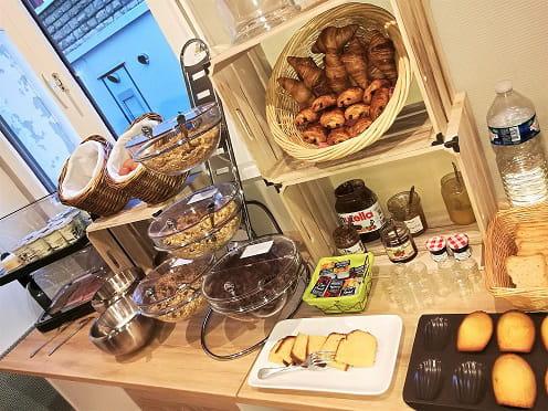 Petit-déjeuner : La Coupe d'Or  - Buffet Petit Déjeuner -   © Katis Nicolas