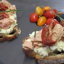 Origin'Elles  - Tartine brousse de chèvre, thon, tomates confites -