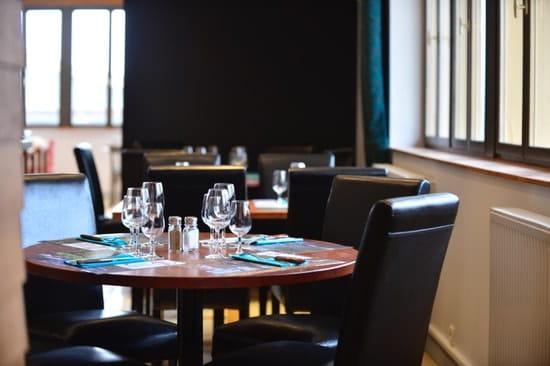 Le Relais des Lacs **  - Salle de restaurant -   © Jean-Marie Biadatti