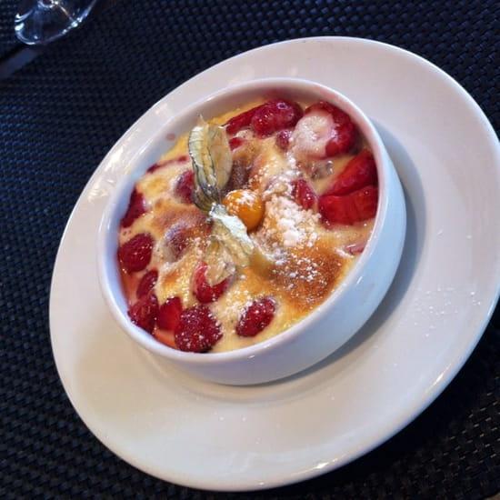 Dessert : La Fleur de Thym  - Gratin de fraise au pineau  -