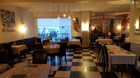 , Restaurant : Les Begonias  - Notre salle -   © Les Bégonias